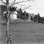 Photograph of a farmhouse in Beauport, Quebec, date unknown